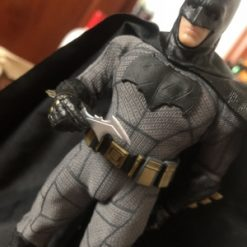mô hình batman mezco batman vs superman bootleg 06